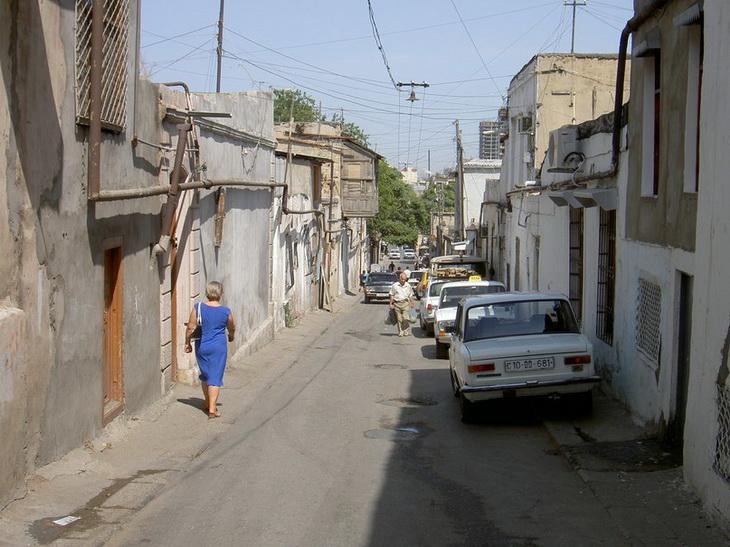 Баку образца 2005 года (ФОТО)