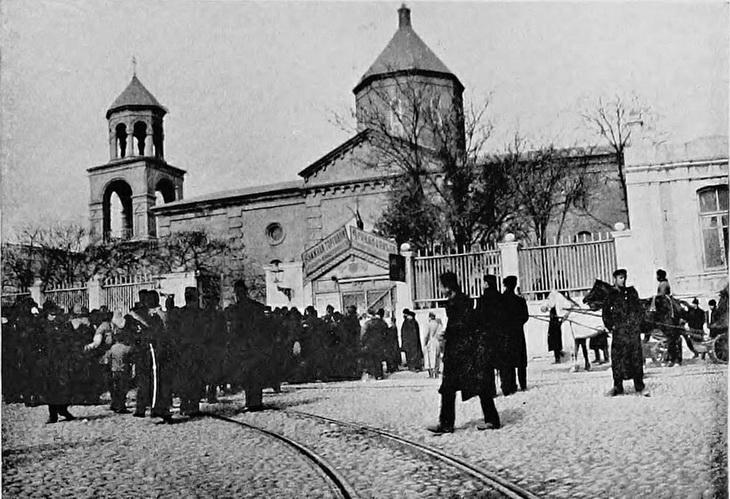 Древние храмы и церкви в Баку (ФОТО)