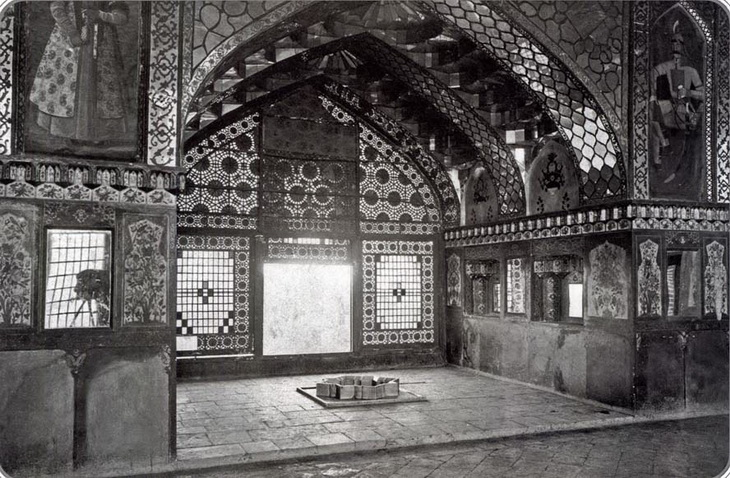 Сардарский дворец в Эривани - шедевр восточного зодчества (25 ФОТО)