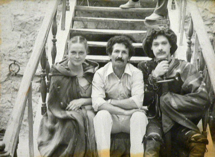 Дульсинея Тобосская. На рабочей площадке (Караван-сарай). 1980