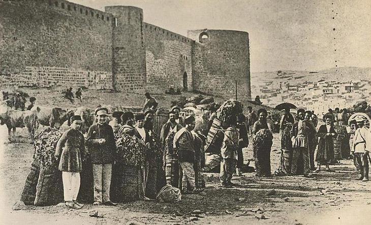 Зарисовки Баку на рубеже XIX - XX веков