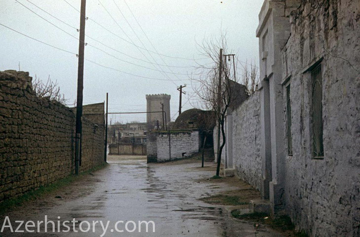 показать фото района мардакяны в городе баку знаю заумных