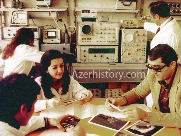 Из истории развития физики в Азербайджане