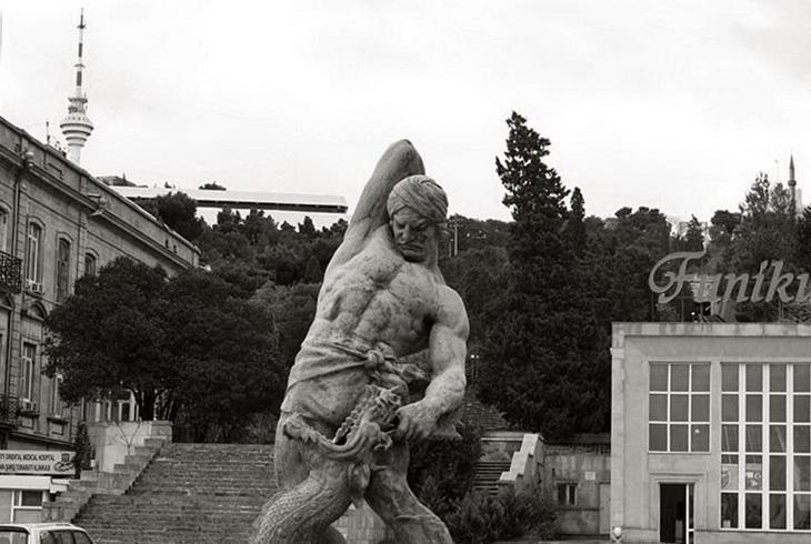 «Бахрам Гур» – первый в Азербайджане памятник литературному герою (ФОТО) - часть 2
