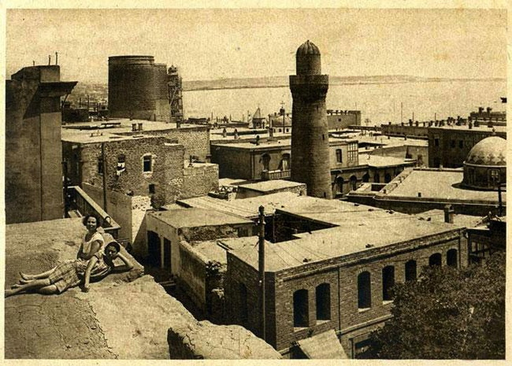 Ичери Шехер и Девичья башня на открытках 20-х –30-х годов (ФОТО)