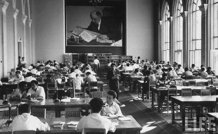 История появления библиотек в Баку