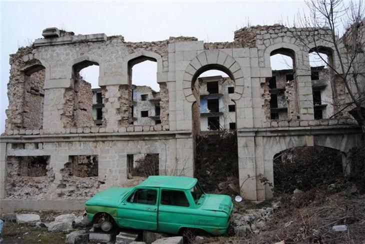 Оккупированный азербайджанский город Шуша в 2013 г. (ФОТО)