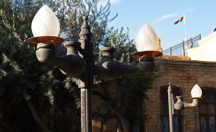 Об истории уличного освещения Баку