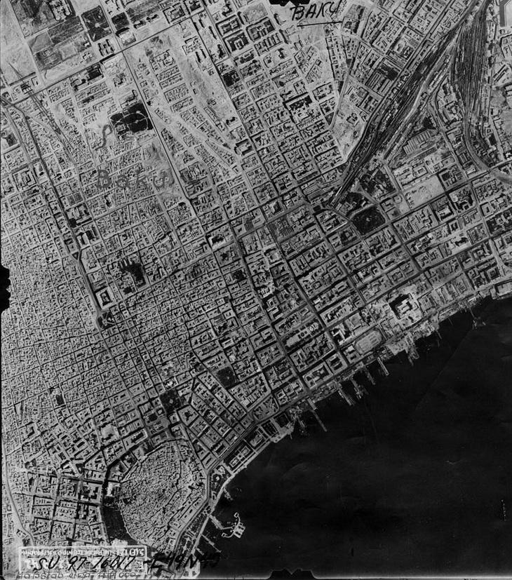Разведывательная аэрофотосъемка Баку с немецкого дальнего бомбардировщика, 18 августа 1942 года