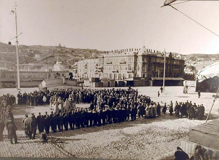 1915. Открытие и освящение БОШМА