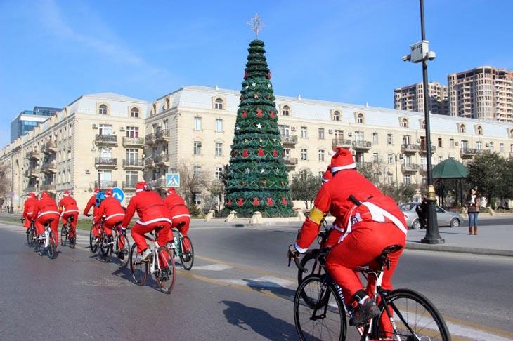 Как в дореволюционном и советском Баку отмечали Новый год (ФОТО)