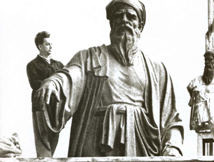 Монументальные шедевры азербайджанского мастера Ф.Абдурахманова (ФОТО)