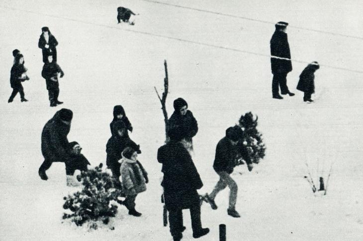 Бакинцы и снег на улицах Баку в начале 1970-х (ФОТО)