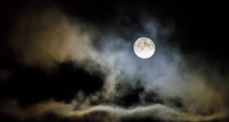 Азербайджанские поверья 19 в.: Как одолеть шайтана и почему поругались Солнце и Луна