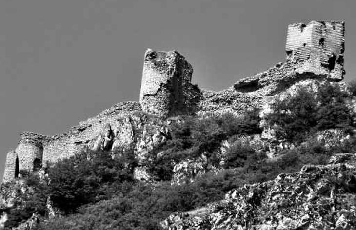 «Длинные стены» в системе обороны раннесредневекового Азербайджана