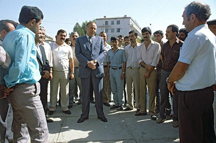Гейдар Алиев и партийное руководство Азербайджана в начале 1990-х