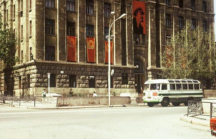 Становление исторической науки в Азербайджане: проблемы и особенности