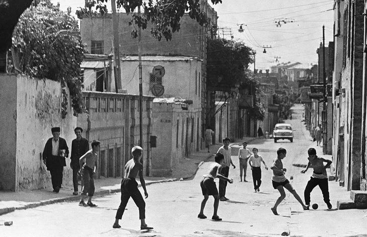 Бакинская детвора 1960х-1990х гг. на снимках Р.Гамбарова (ФОТО)