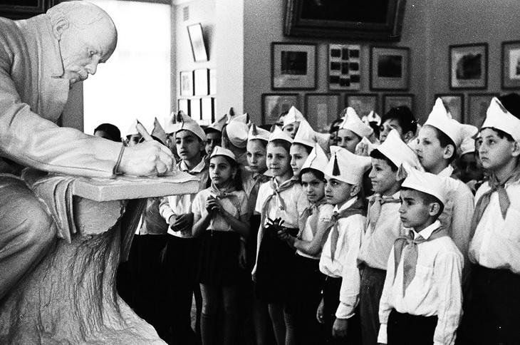 Бакинские школьники 1960х-1980х гг. на снимках Р.Гамбарова (ФОТО)