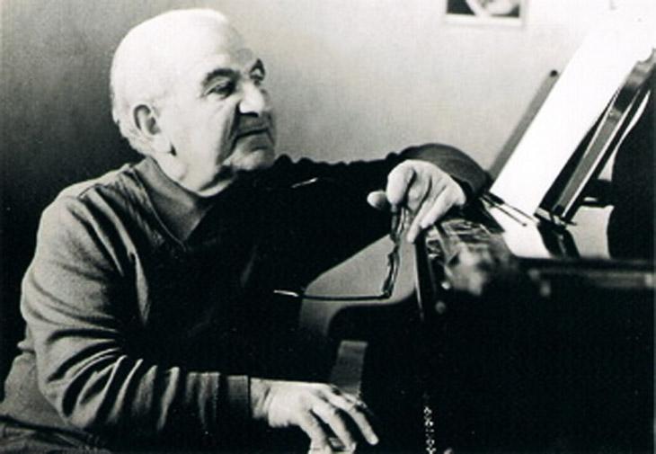 О музыке и сценических произведениях Ашрафа Аббасова
