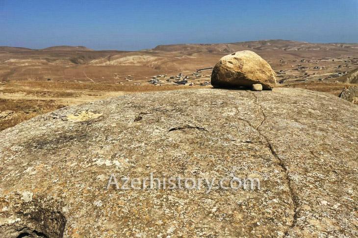 О стоянке древнего человека обнаруженной в селении Гобу на Абшероне (ФОТО)