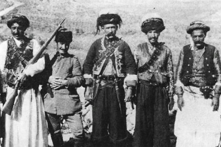 Между молотом и наковальней: о положении южных азербайджанцев в 1920-1925 гг.