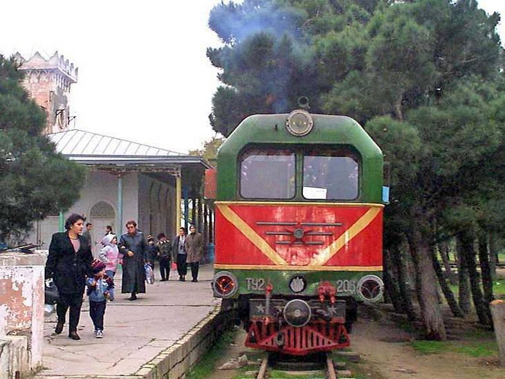 Детская железная дорога Баку в 2000-2010 годах (ФОТО)