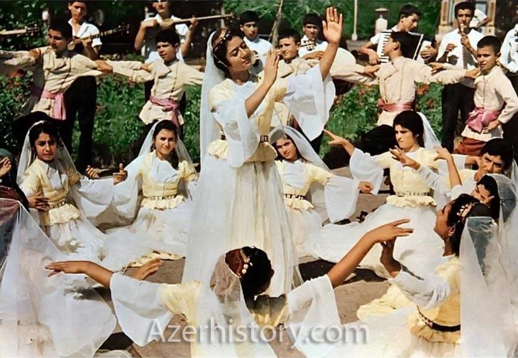 Азербайджанские дети и танцы: исторические снимки 1960-1980-х гг. (ФОТО)