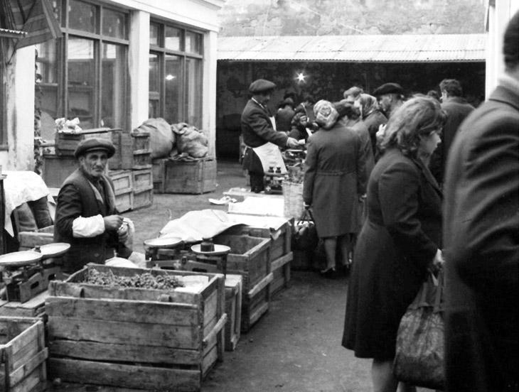 """Бакинский """"Тезе базар"""" глазами венгерского фотографа в 1975 г. (ФОТО)"""