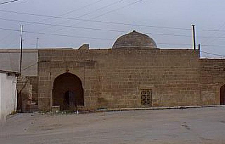 Газетные архивы: Редкие кадры древностей поселка Нардаран в Баку 1999 г. (ФОТО)